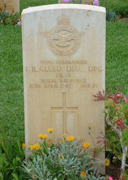 Gleed-grave1-opt.jpg