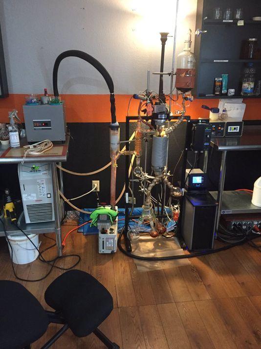 636339207500380424-Hash-Oil-Lab-1.jpg