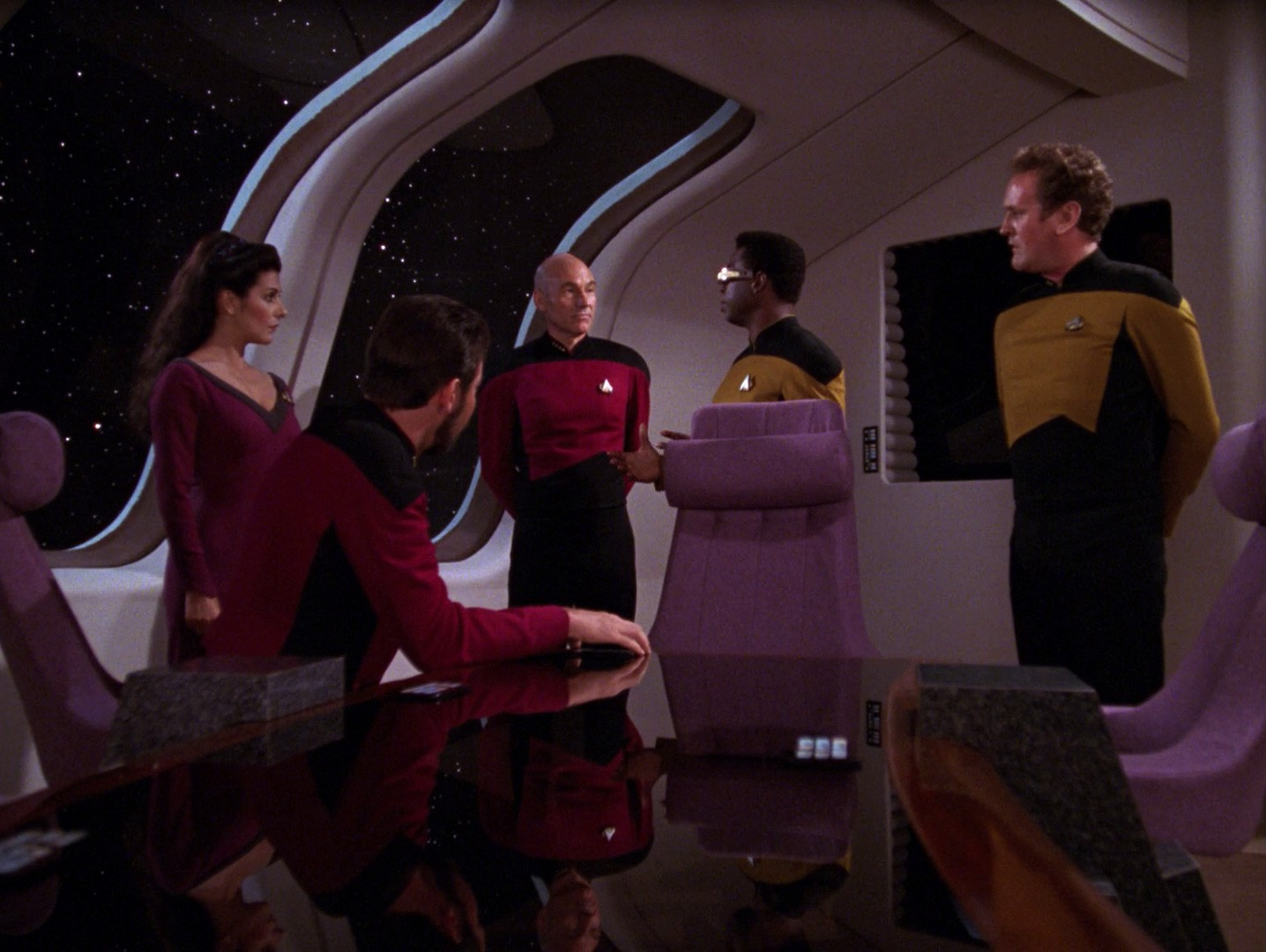 Riker_tells_OBrien_and_La_Forge_to_get_transporters_working.jpg