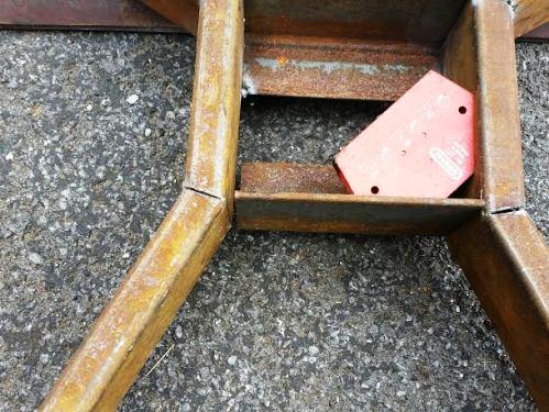 base leg square.jpg