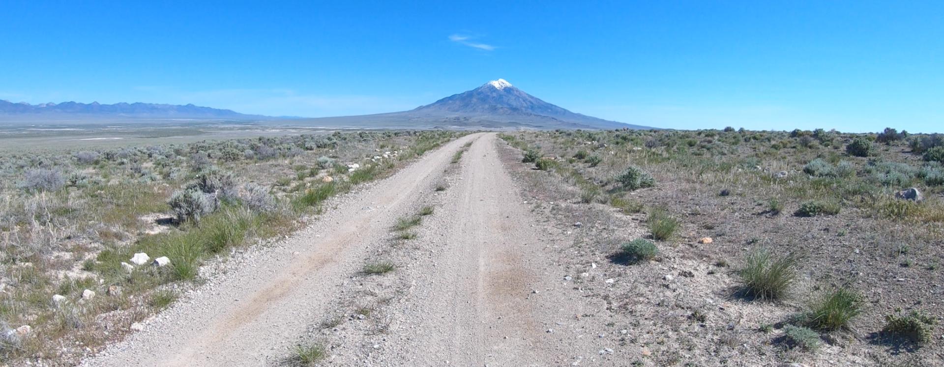 dirt road to Pilot north.png