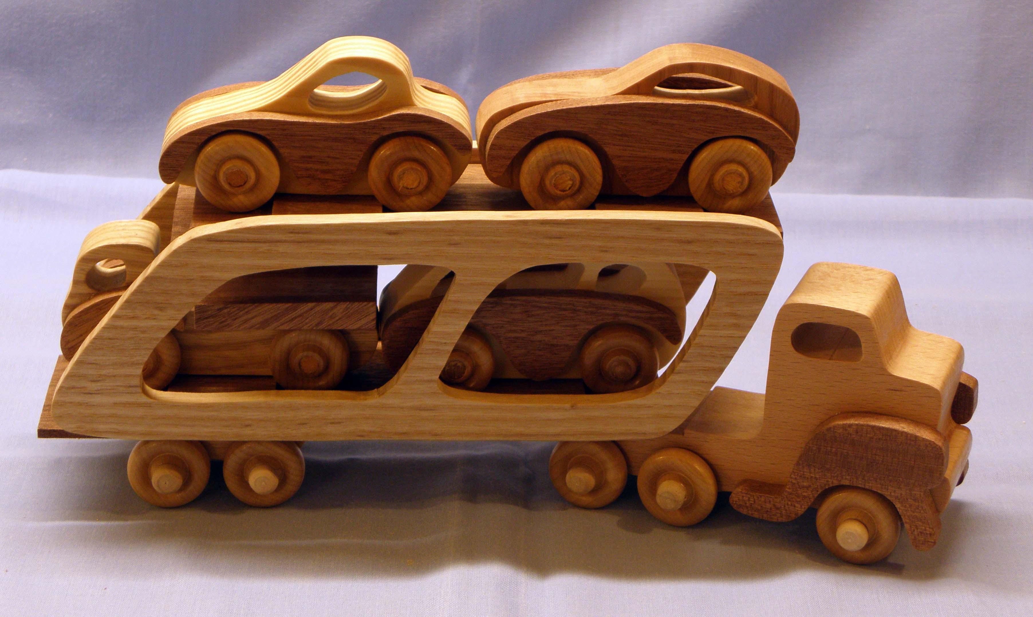 Car Transporter and cargo.jpg