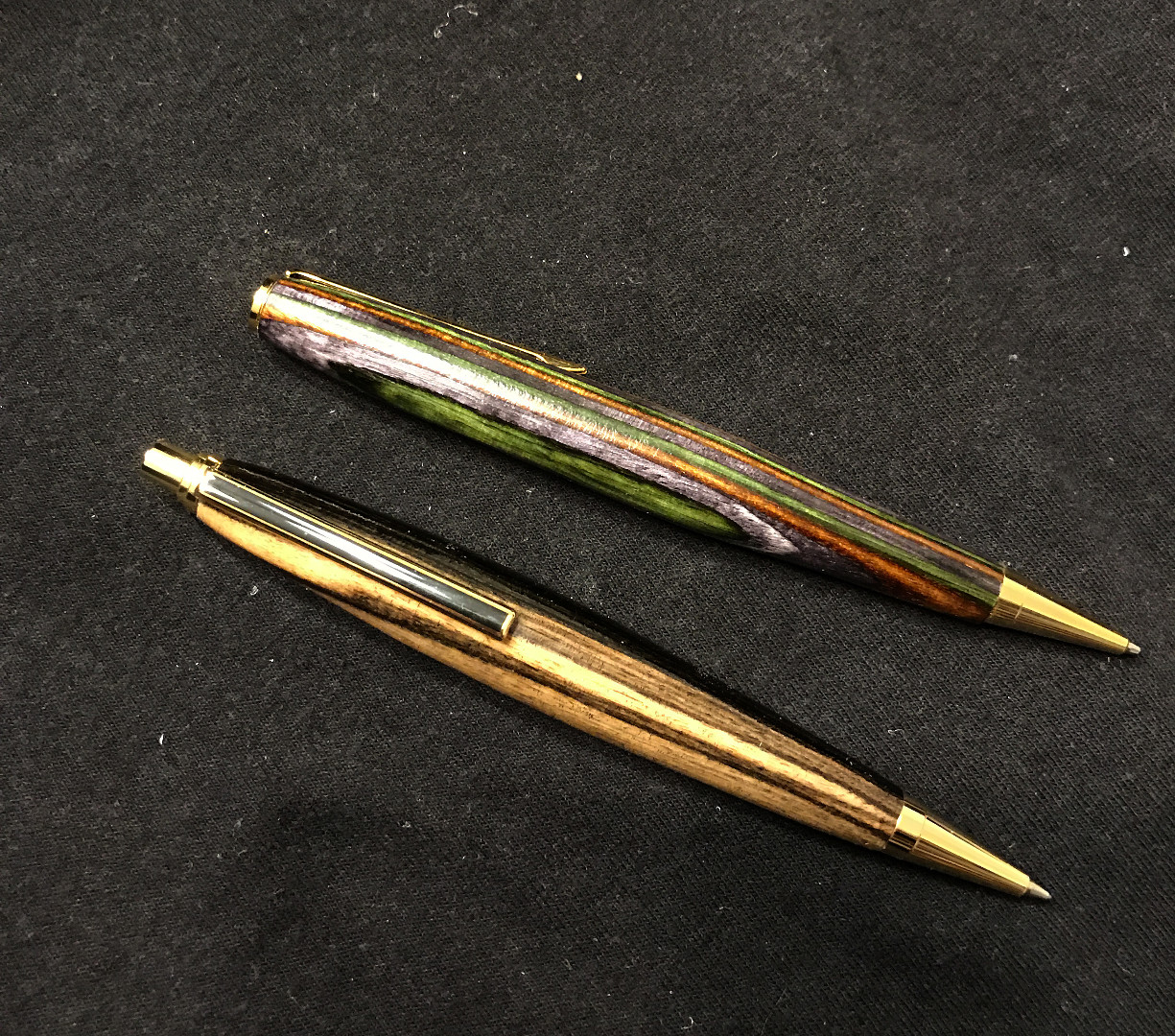 Pen-pencil.jpg