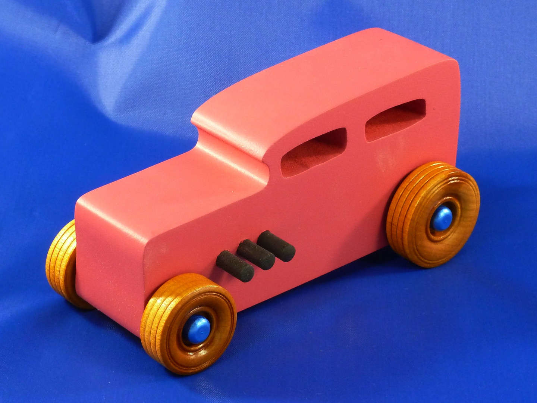 20161126-090212 - Etsy - Wood Car - Hot Rod Freaky Ford - 32 Sedan - MDF - Air Brushed Pink Acrlyic.jpg