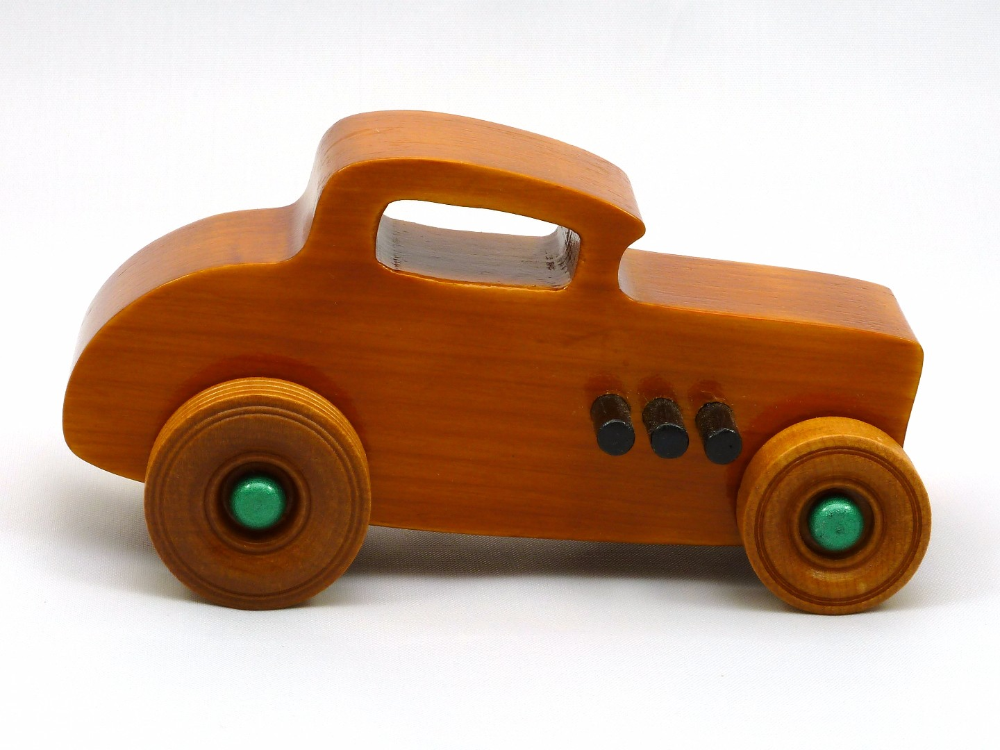 20170902-134409 Wooden Toy Car - Hot Rod Freaky Ford - 32 Deuce Coupe - Pine - Amber Shellac - Metallic Green.jpg