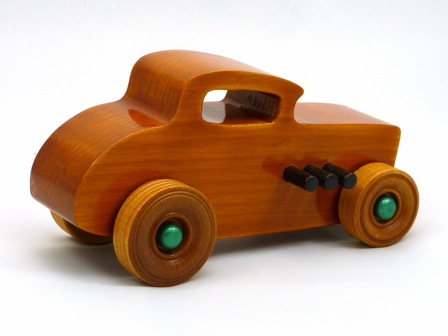 20170902-134340 Wooden Toy Car - Hot Rod Freaky Ford - 32 Deuce Coupe - Pine - Amber Shellac - Metallic Green.jpg
