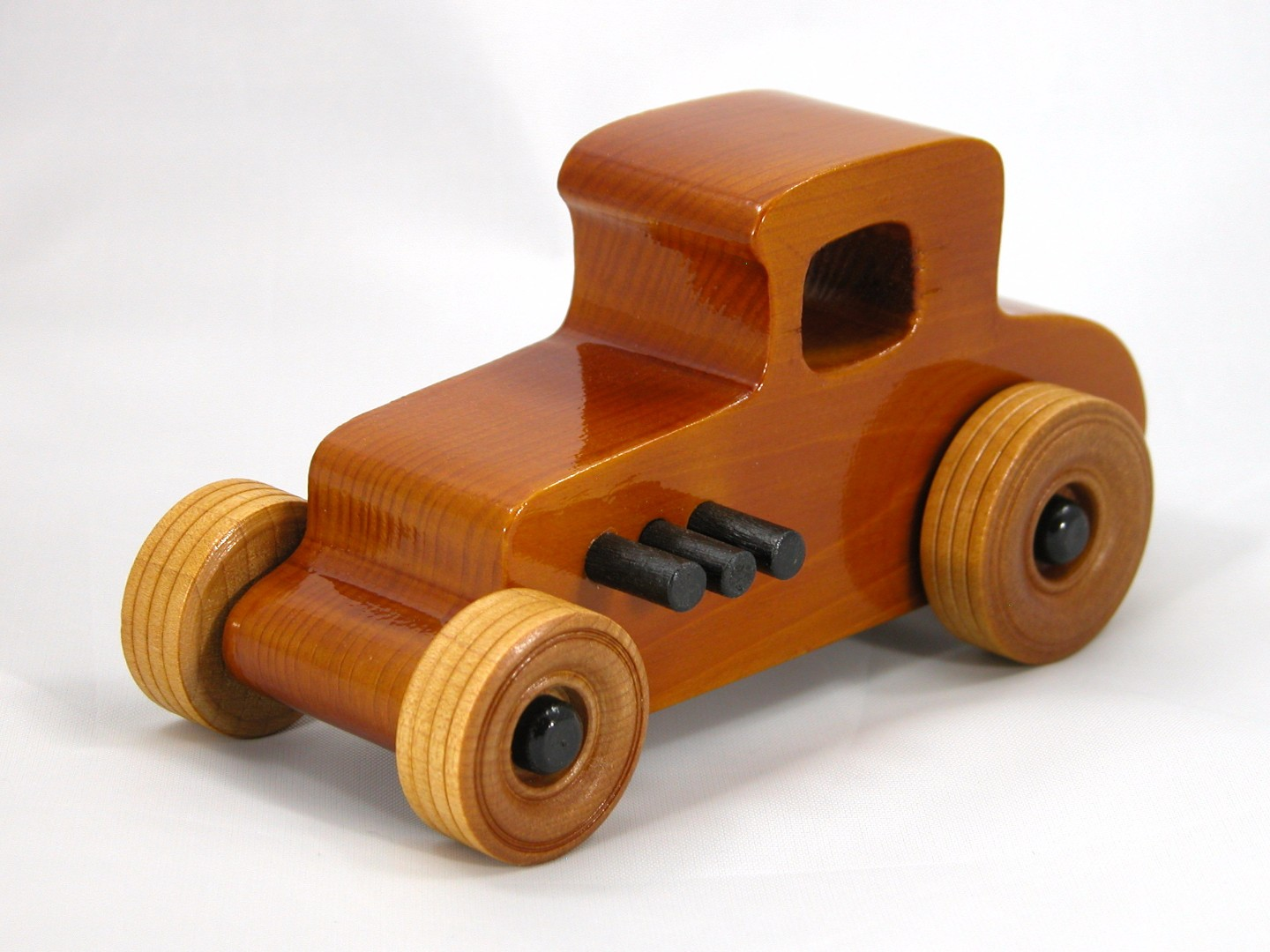 20171010-202504 Wooden Toy Car - Hot Rod Freaky Ford - 27 T Coupe - Pine - Amber Shellac - Black Hubs.jpg