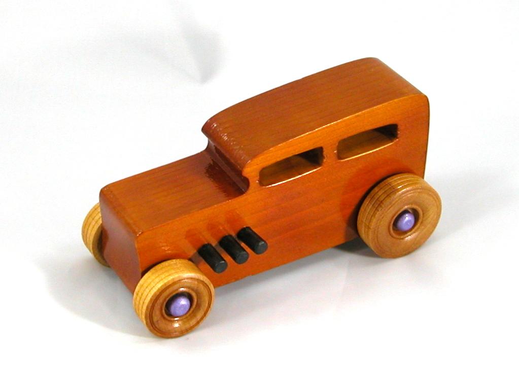 20170914-172015 Wooden Toy Car - Hot Rod Freaky Ford - 32 Sedan - Pine - Amber Shellac - Metallic Purple Hubs.jpg