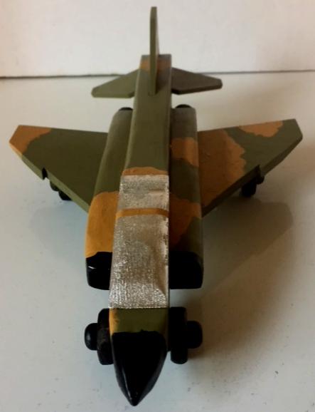 F-4-2.jpg