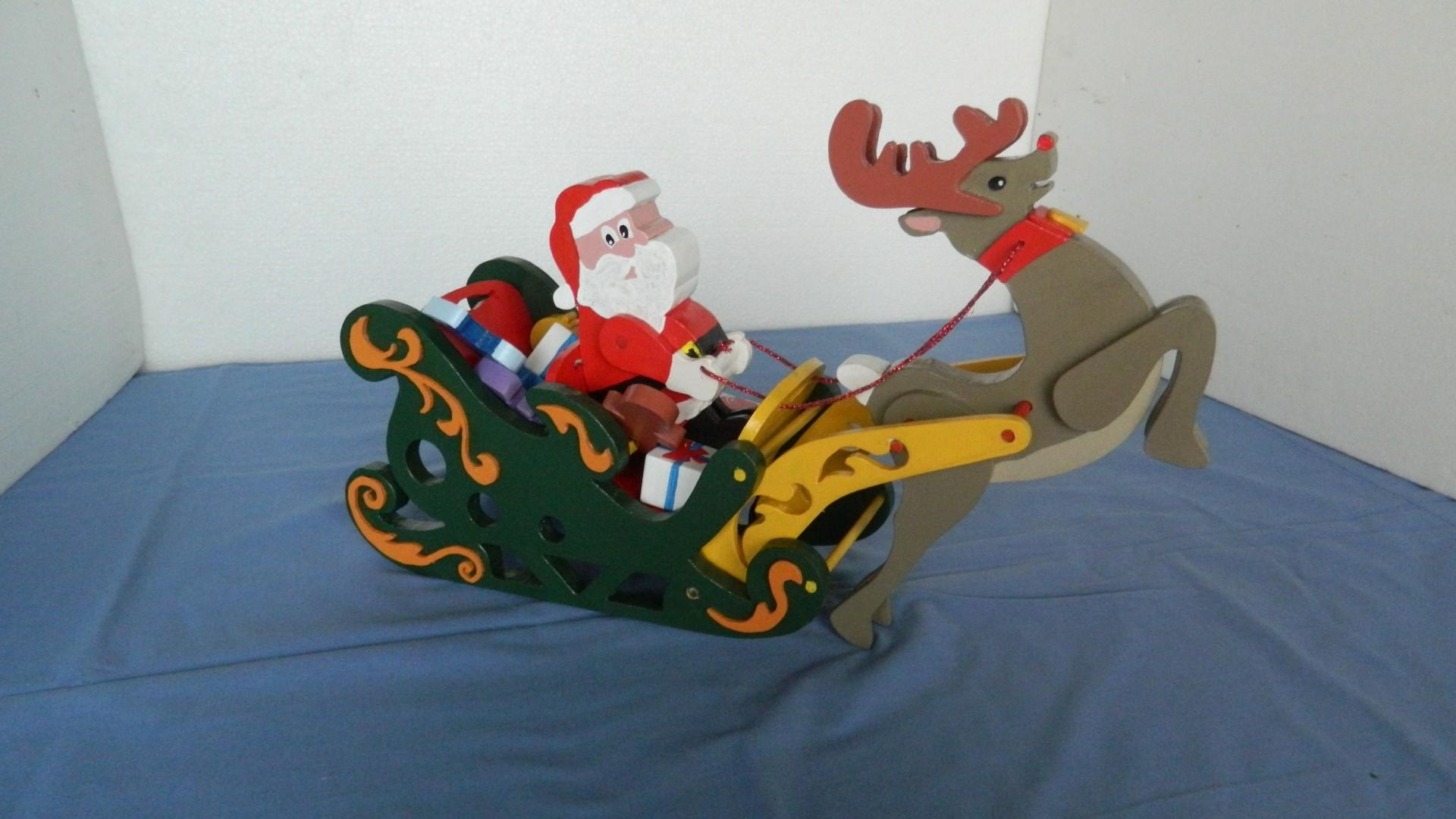 santa sleigh and reindeer5.jpg