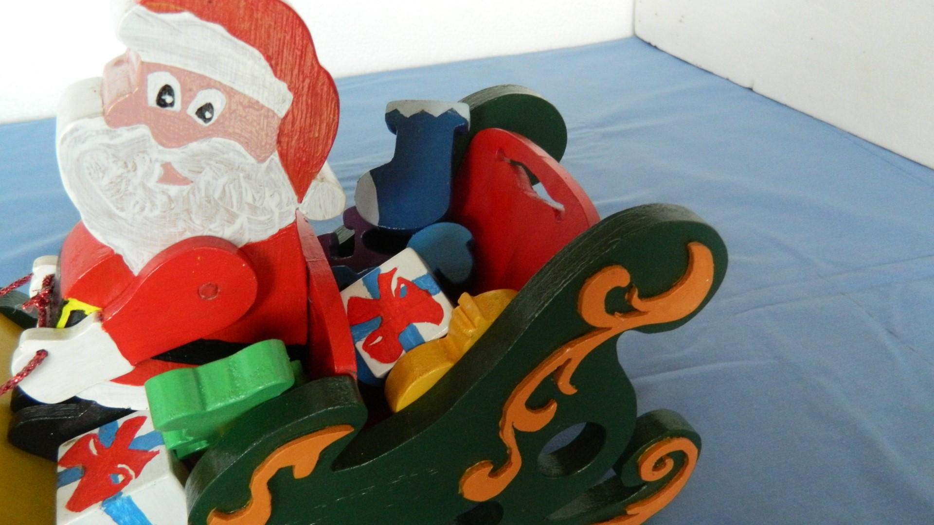 santa sleigh and reindeer4.jpg