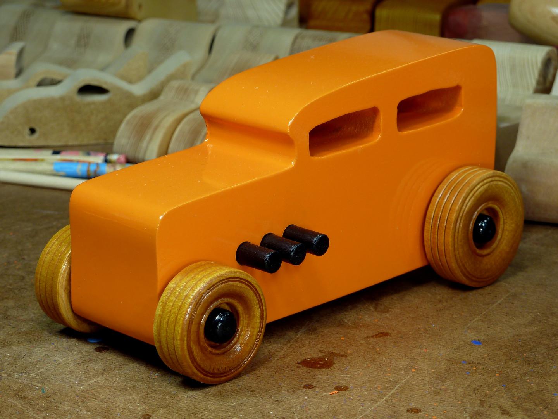 20170522-191339 Wooden Toy Car - Hot Rod Freaky Ford - 32 Sedan - MDF .jpg