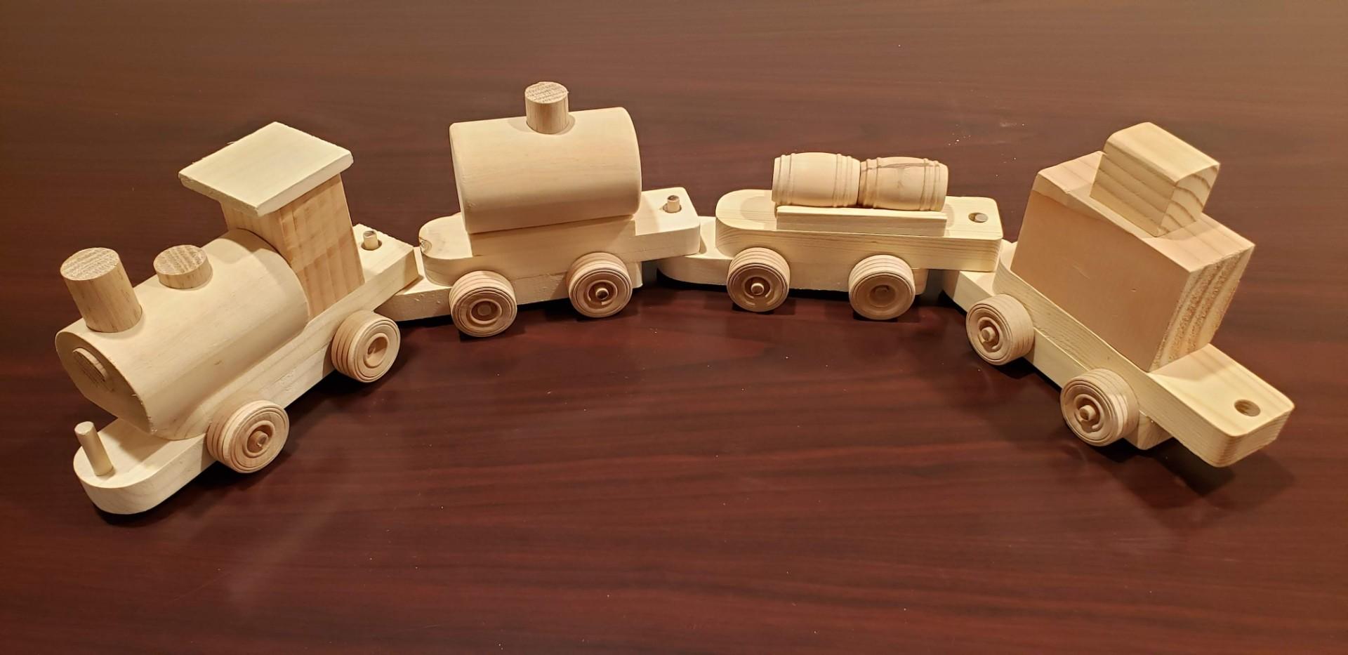 Hobokin Toy Train 003.jpg