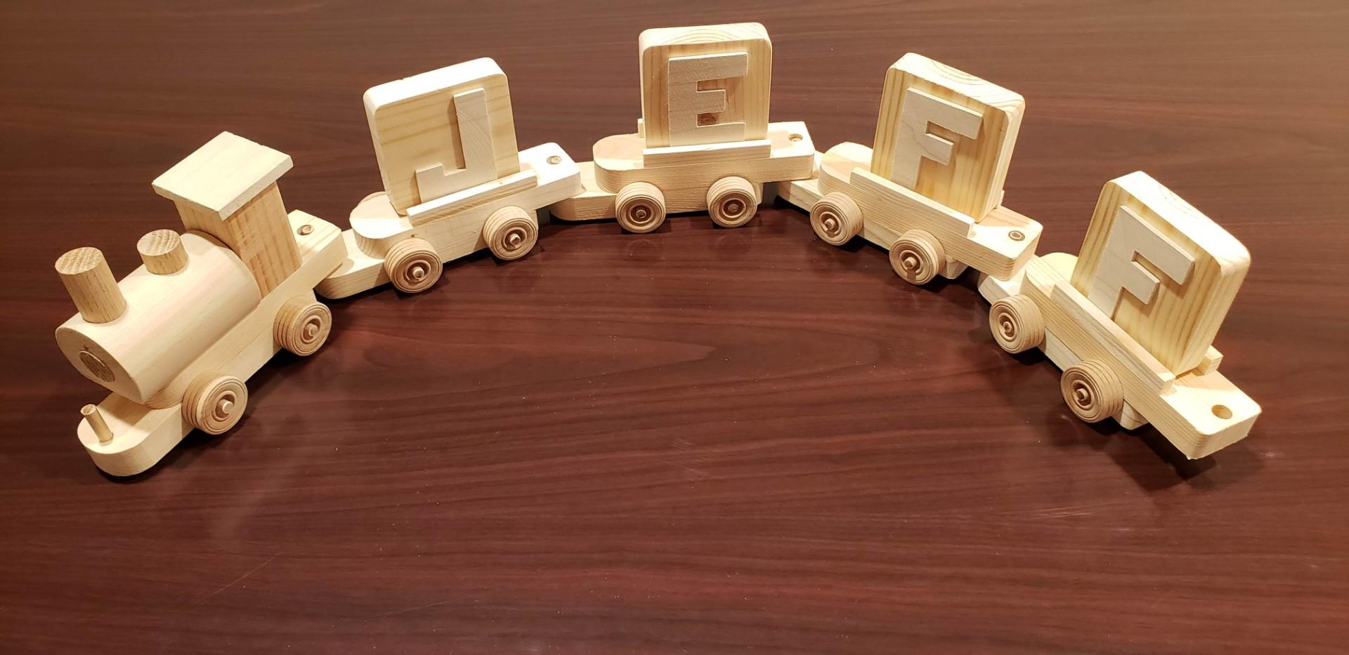 Hobokin Toy Train 004.jpg