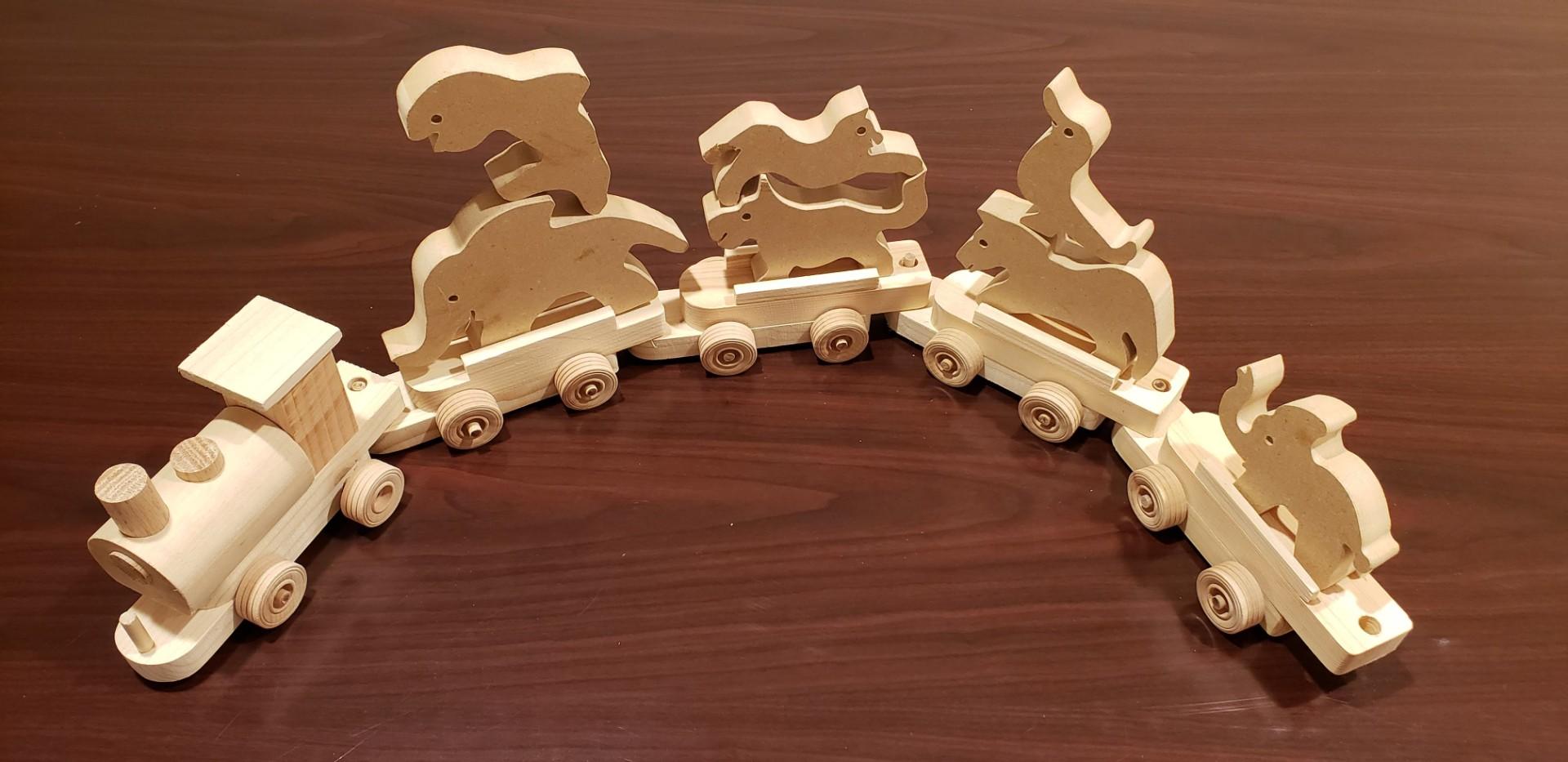 Hobokin Toy Train 001.jpg