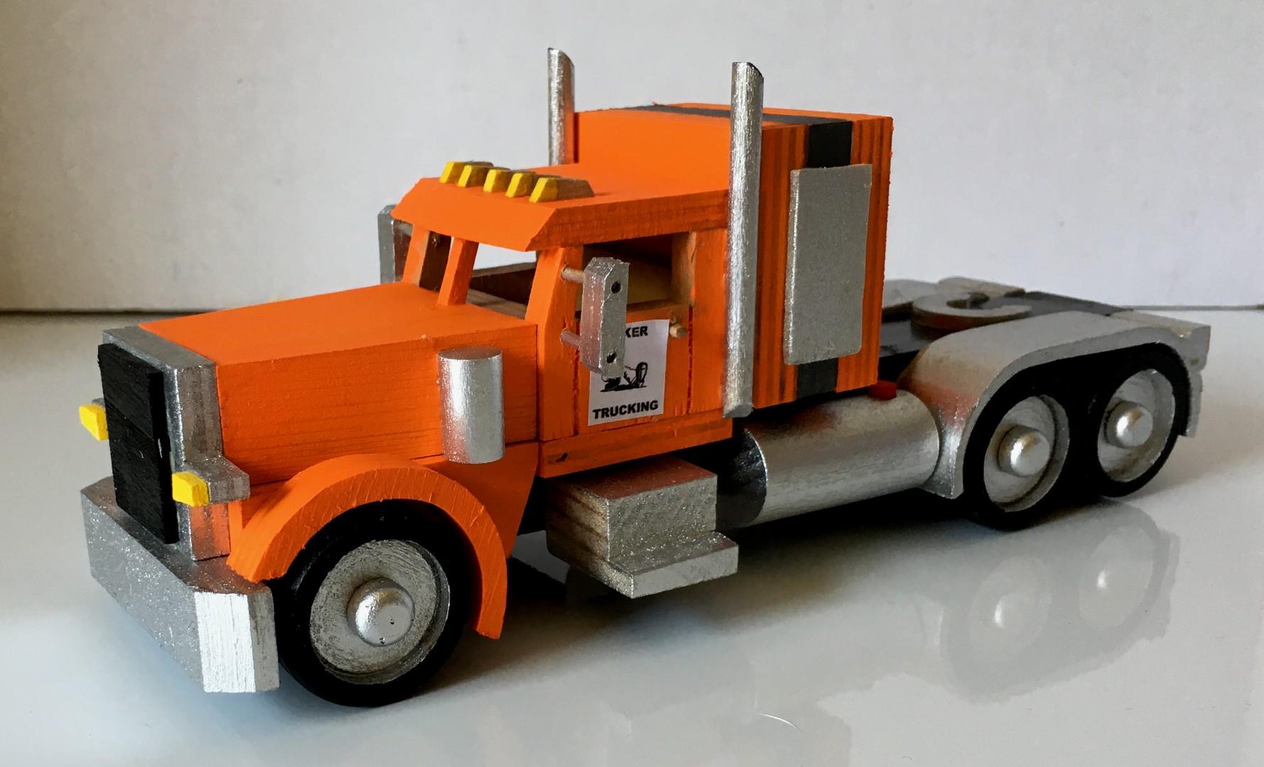Peterbilt389 Tractor.jpg