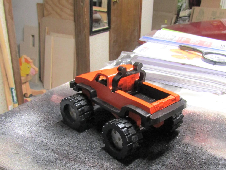 monster truck 1.jpg