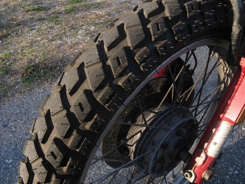 new tire 002.jpg