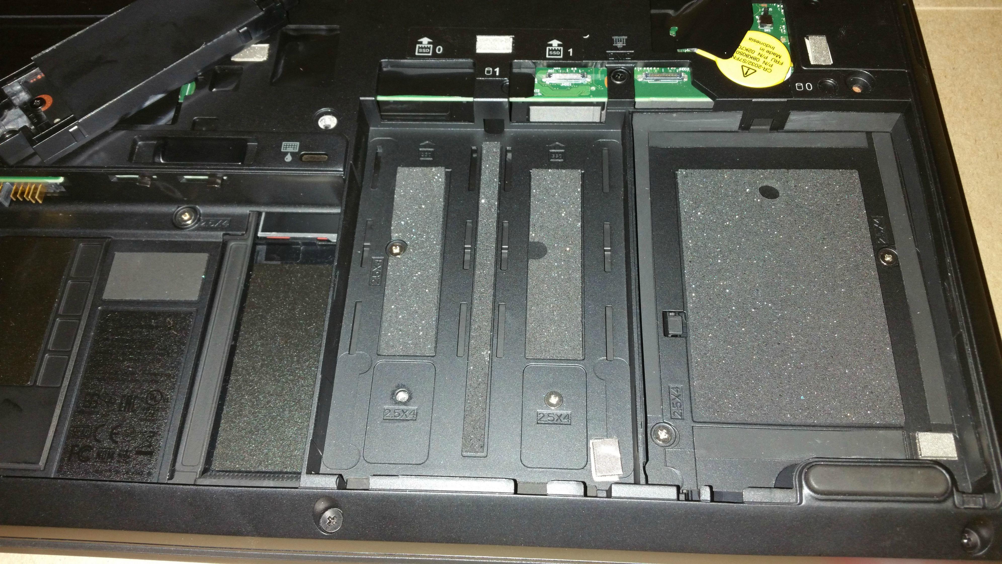 Lenovo_P50_HDDs.jpg