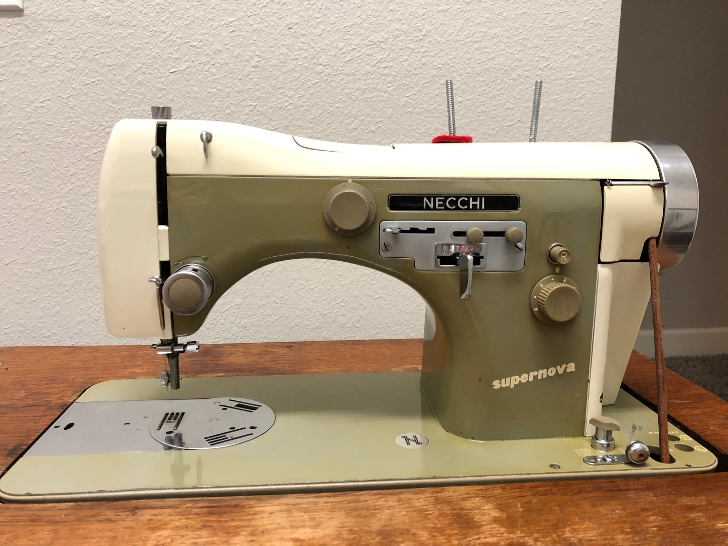 SN sewing machine.jpg
