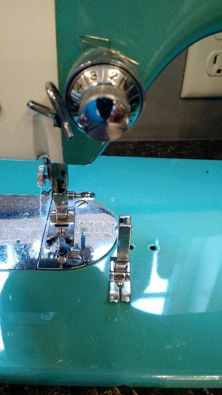 3 Original presser foot for Universal MIN showing left needle position.jpg