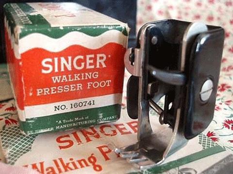 Singer_Walking_Foot_2_large.jpg