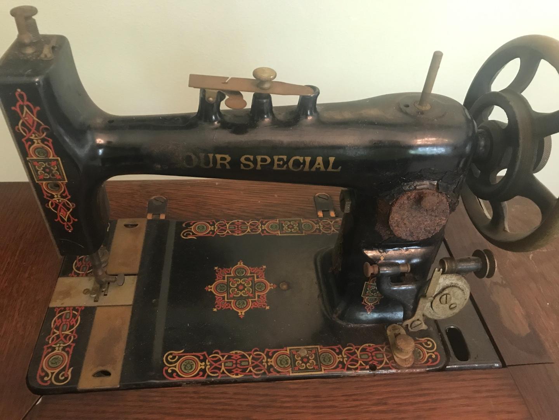 Sewing machine IMG_5329.jpg
