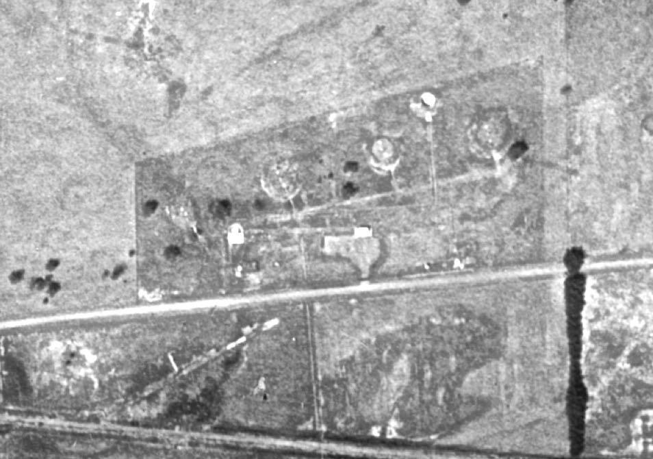 ROSS-F&AD4-AerialPhoto1947-11Mar2018.jpg
