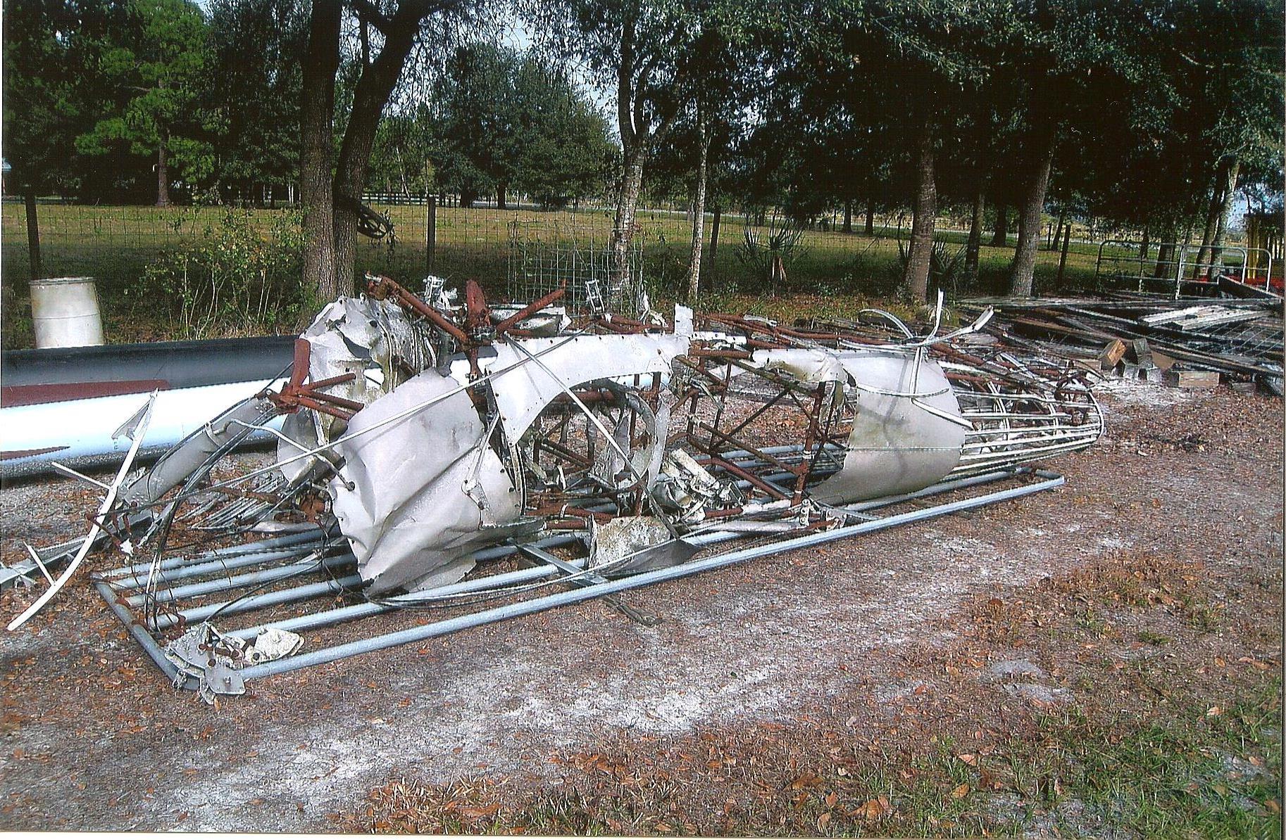 Stearman wreckage fuselage.jpg
