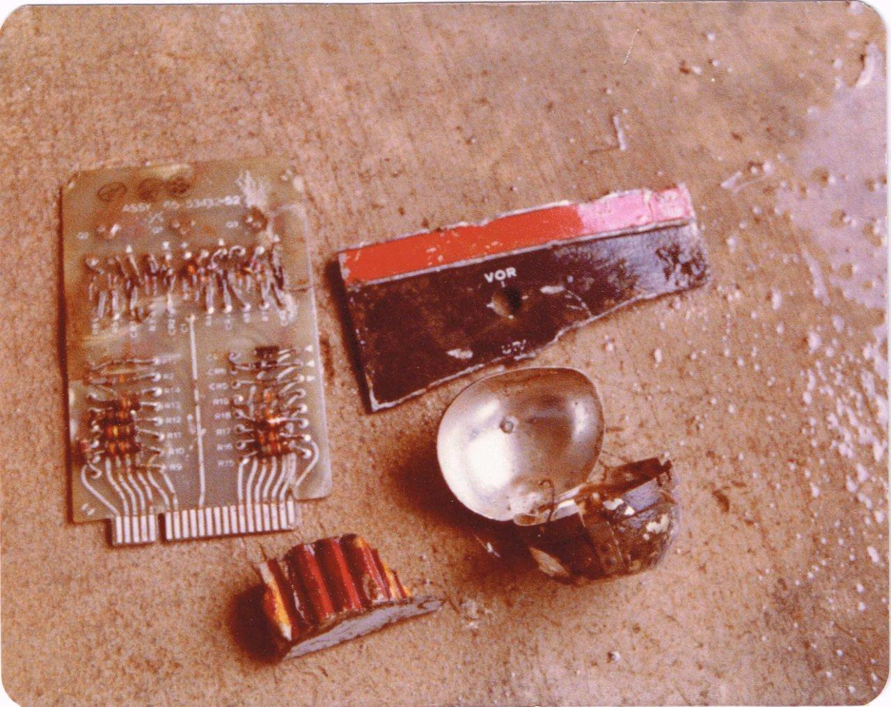 Aug 1977-artifacts including Collins ILS receiver faceplate.jpg