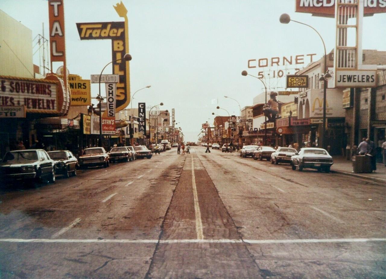 Las Vegas 1970s.jpg