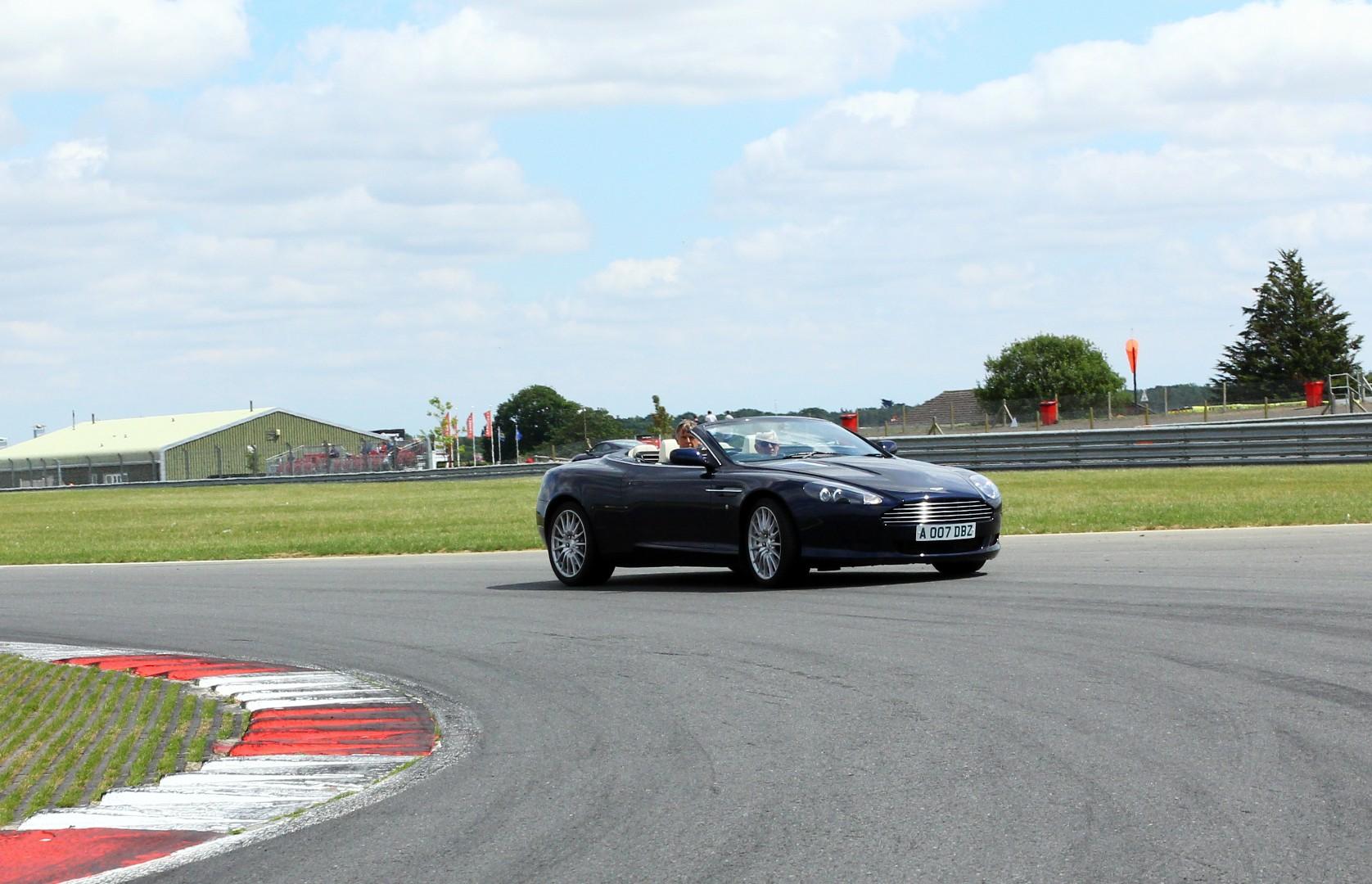 snetterton-track1_35674009362_o.jpg