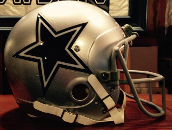 TD rookie helmet 05.png