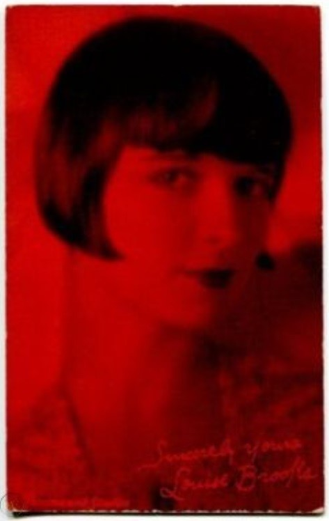 Louise BRooks - card 20.jpg