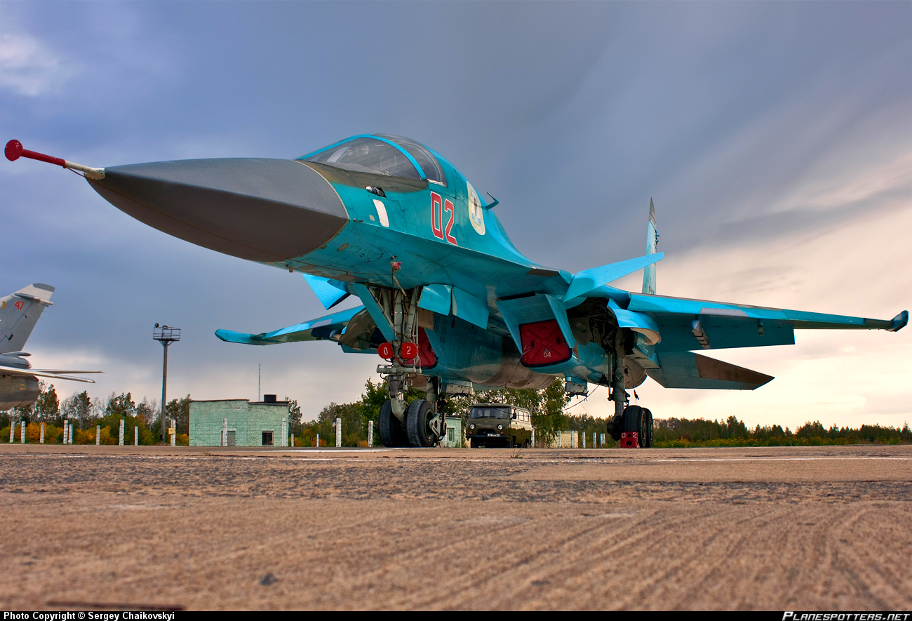 02-RED-Russian-Federation-Air-Force-Sukhoi-Su-27_PlanespottersNet_246783.jpg