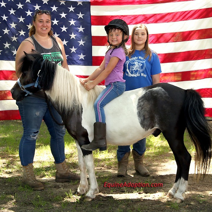 Name: chief-tracy-natalie-skye-adoption-july4-IMGL3745-copy.jpg, Views: 28, Size: 185.88 KB