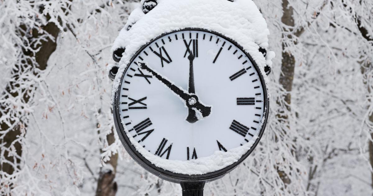 winter-time-clock.jpg