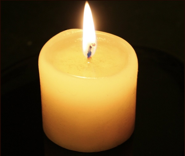 Candle-flame-no-reflection.jpg