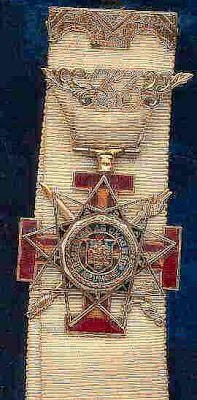 33rd Degree Mason Badge.jpg