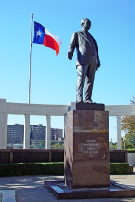 George B. Dealey Memorial.jpg