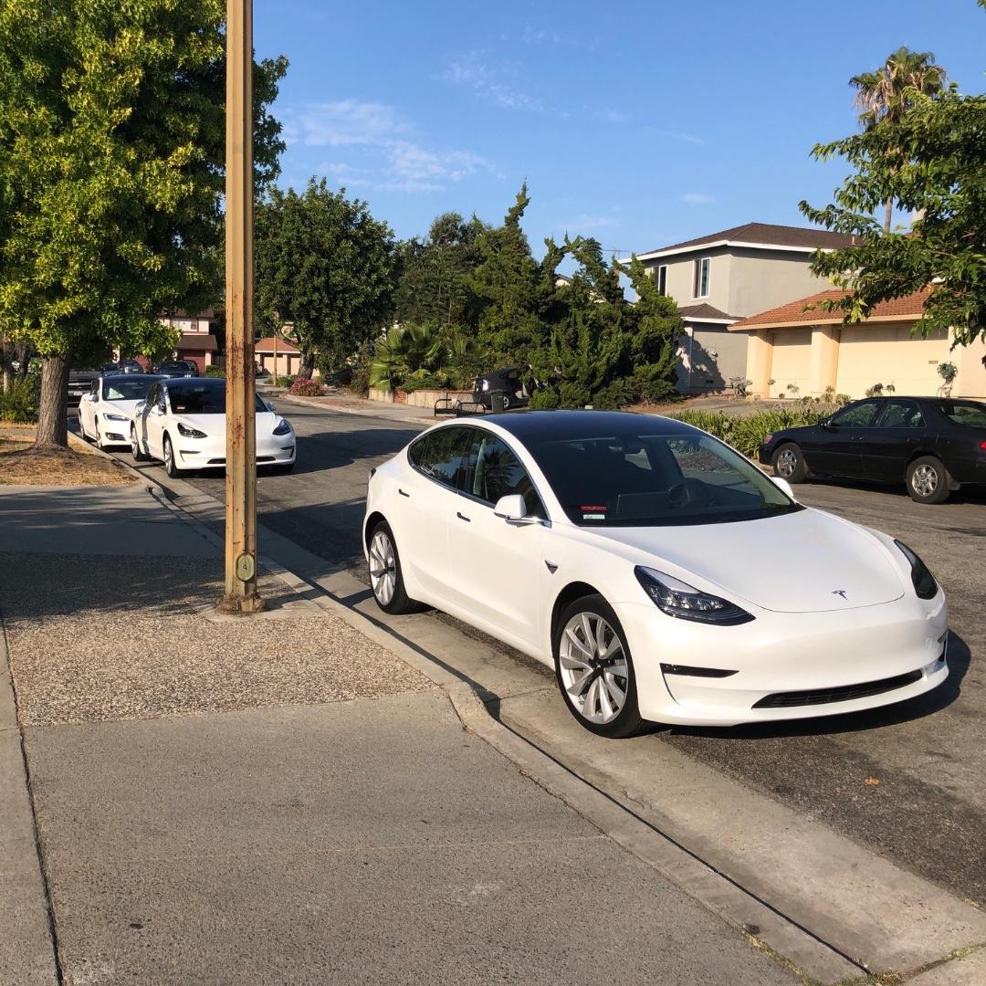 Teslas.jpg