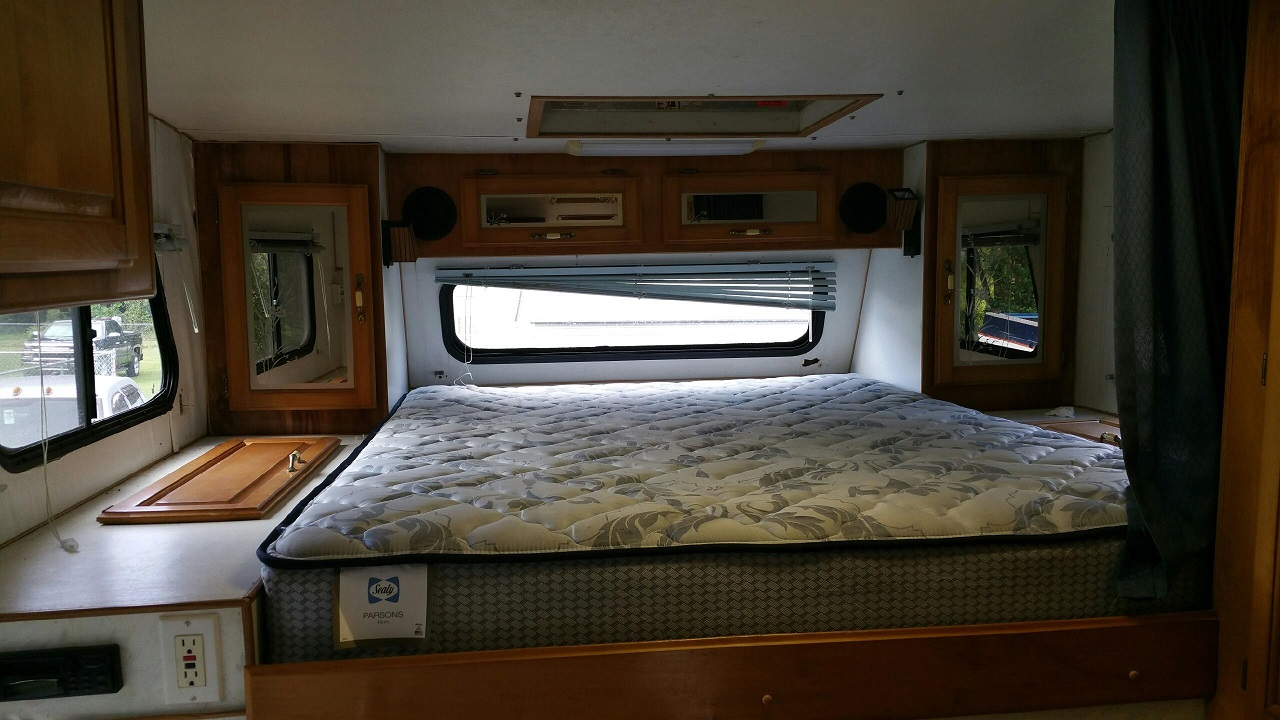 camper 8.jpg
