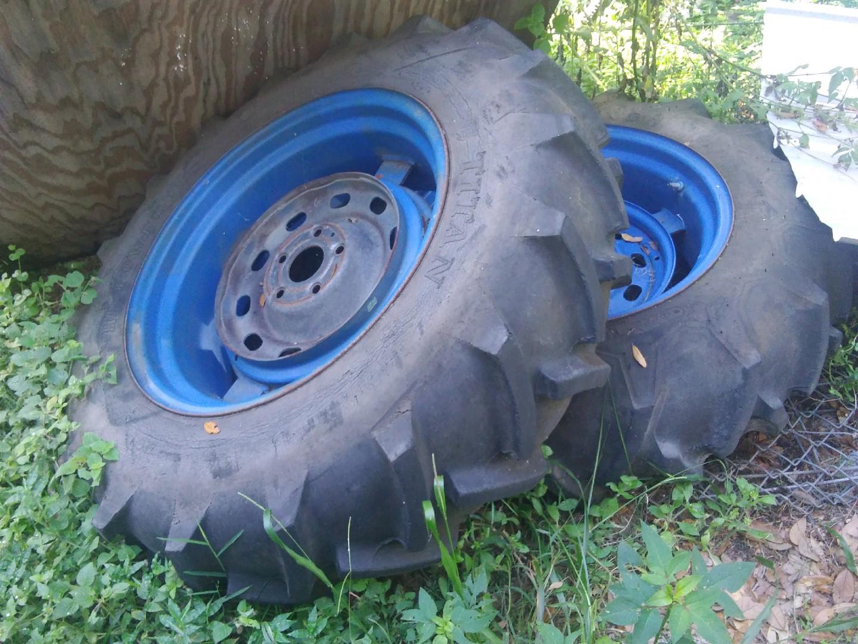 Tractortoo.jpg
