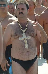 hairy_beach_dude_for_jesus.jpg