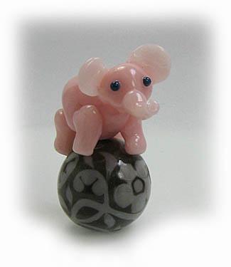 Name: Elephant_on_Gray_Ball_100-3.75.jpg, Views: 292, Size: 23.38 KB