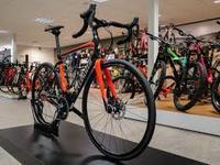 2019 Specialized Roubaix Expert Ultegra Di2.jpg