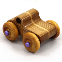 Click image for larger version - Name: 20180427-184021 - Wooden Toy Truck - Play Pal - Monster Truck - Lamina.jpg, Views: 6, Size: 236.15 KB
