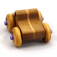 Click image for larger version - Name: 20180427-184049 - Wooden Toy Truck - Play Pal - Monster Truck - Lamina.jpg, Views: 5, Size: 230.76 KB