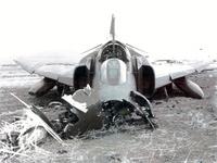 Click image for larger version - Name: Crash land 2.jpg, Views: 29, Size: 196.15 KB