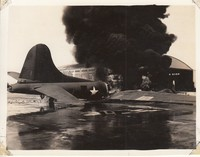Original-Photo-AAF-B-17-Bomber-Burning-1941-HICKAM.jpg